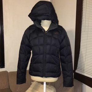 {the north face} thick down jacket small